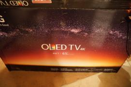 LG C7P серии 65 класса UHD OLED Smart TV (Whatsapp:+15862626195)
